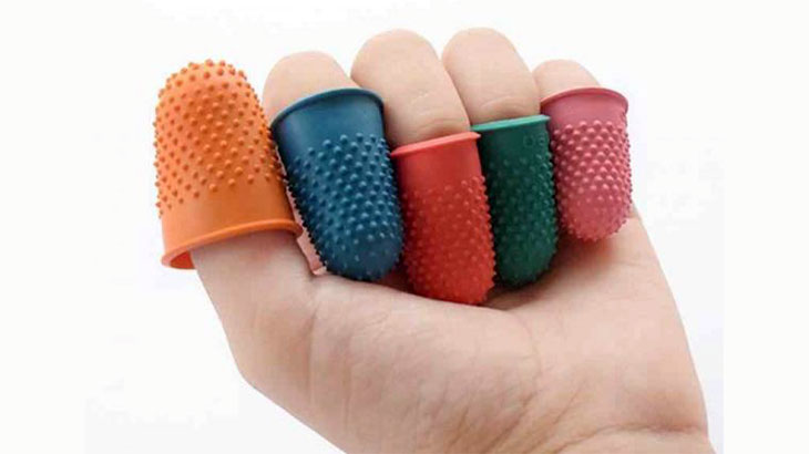 Напёрстки на пальцах